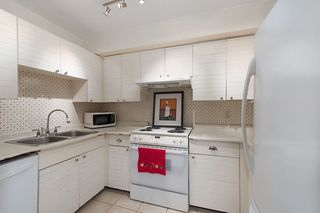 "Photo 7: 1347 W 7TH Avenue in Vancouver: Fairview VW Townhouse for sale in ""Wemsley Mews"" (Vancouver West)  : MLS®# R2146454"