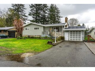 Photo 1: 2912 VICTORIA Street in Abbotsford: Abbotsford West House for sale : MLS®# R2154611