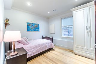 Photo 13: 2388 MACDONALD Street in Vancouver: Kitsilano Multifamily for sale (Vancouver West)  : MLS®# R2157304
