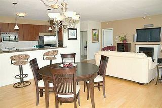 Photo 5: 2102 15 E ROYAL AVENUE in New Westminster: Fraserview NW Condo for sale : MLS®# R2168703