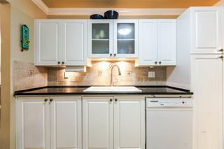 "Photo 4: 312 15875 MARINE Drive: White Rock Condo for sale in ""Southpoint"" (South Surrey White Rock)  : MLS®# R2199043"