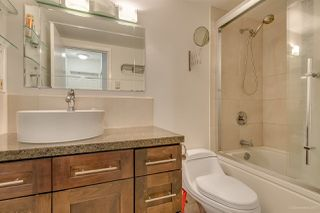 """Photo 10: 20 3437 W 4TH Avenue in Vancouver: Kitsilano Townhouse for sale in """"Waterwood Court"""" (Vancouver West)  : MLS®# R2221061"""
