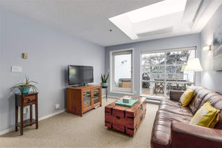 """Photo 2: 1 1038 W 7TH Avenue in Vancouver: Fairview VW Condo for sale in """"THE SANTORINI"""" (Vancouver West)  : MLS®# R2237336"""