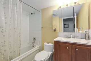 """Photo 9: 1 1038 W 7TH Avenue in Vancouver: Fairview VW Condo for sale in """"THE SANTORINI"""" (Vancouver West)  : MLS®# R2237336"""