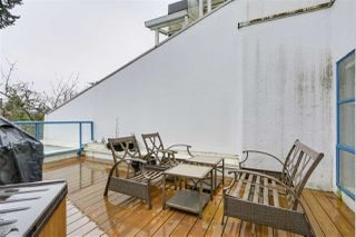 """Photo 12: 1 1038 W 7TH Avenue in Vancouver: Fairview VW Condo for sale in """"THE SANTORINI"""" (Vancouver West)  : MLS®# R2237336"""