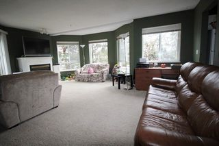 "Photo 3: 211 31831 PEARDONVILLE Road in Abbotsford: Abbotsford West Condo for sale in ""West Point Villa"" : MLS®# R2250903"
