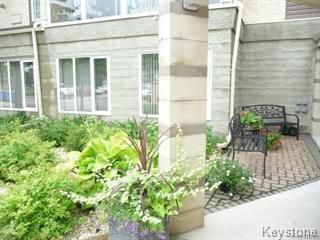 Photo 2: 307 3420 Grant Avenue in Winnipeg: Condominium for sale (1G)  : MLS®# 1807671
