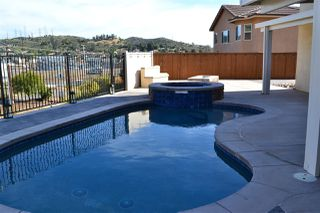 Photo 5: LAKESIDE House for sale : 4 bedrooms : 10145 Vista Laurel Pl