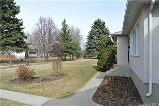 Photo 2: 410 Cabana Place in Winnipeg: Residential for sale (2A)  : MLS®# 1810085