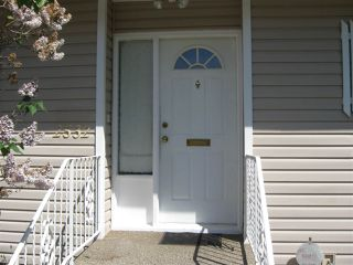 "Photo 2: 2532 JAMES Street in Abbotsford: Abbotsford West House for sale in ""CLEARBROOK"" : MLS®# R2268607"