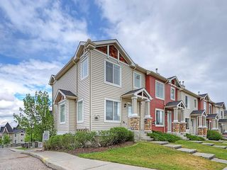 Photo 1: 90 PANAMOUNT Drive NW in Calgary: Panorama Hills House for sale : MLS®# C4188996