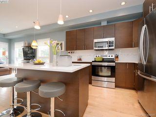Photo 7: 402 924 Esquimalt Rd in VICTORIA: Es Old Esquimalt Condo Apartment for sale (Esquimalt)  : MLS®# 791630