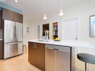 Photo 9: 402 924 Esquimalt Rd in VICTORIA: Es Old Esquimalt Condo Apartment for sale (Esquimalt)  : MLS®# 791630