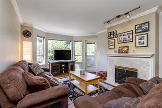 "Photo 2: 105 315 E 3RD Street in North Vancouver: Lower Lonsdale Condo for sale in ""Dunberton Manor"" : MLS®# R2286632"