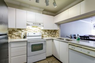 "Photo 15: 105 315 E 3RD Street in North Vancouver: Lower Lonsdale Condo for sale in ""Dunberton Manor"" : MLS®# R2286632"