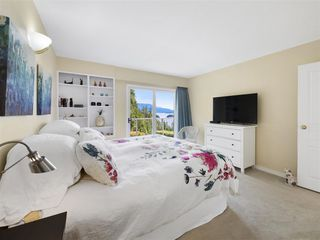 """Photo 12: 1626 GRADY Road in Gibsons: Gibsons & Area House for sale in """"Langdale"""" (Sunshine Coast)  : MLS®# R2298602"""
