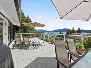 """Photo 7: 1626 GRADY Road in Gibsons: Gibsons & Area House for sale in """"Langdale"""" (Sunshine Coast)  : MLS®# R2298602"""