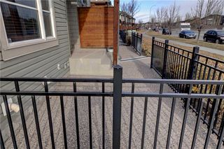 Photo 4: 89 CHAPALINA Square SE in Calgary: Chaparral Row/Townhouse for sale : MLS®# C4214901
