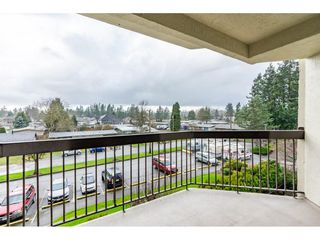 "Photo 12: 318 31955 OLD YALE Road in Abbotsford: Abbotsford West Condo for sale in ""Evergreen Village"" : MLS®# R2328294"