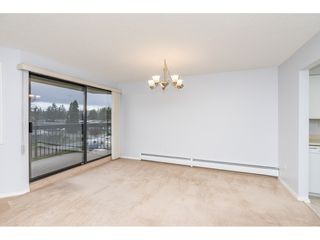 "Photo 4: 318 31955 OLD YALE Road in Abbotsford: Abbotsford West Condo for sale in ""Evergreen Village"" : MLS®# R2328294"