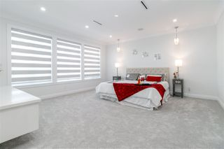 Photo 16: 7670 MORLEY Drive in Burnaby: Buckingham Heights House for sale (Burnaby South)  : MLS®# R2330625