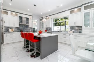 Photo 9: 7670 MORLEY Drive in Burnaby: Buckingham Heights House for sale (Burnaby South)  : MLS®# R2330625