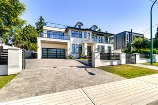 Photo 2: 7670 MORLEY Drive in Burnaby: Buckingham Heights House for sale (Burnaby South)  : MLS®# R2330625