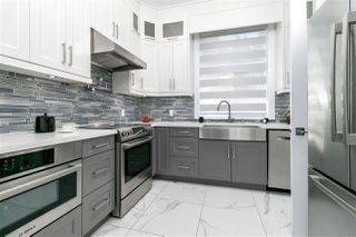 Photo 11: 7670 MORLEY Drive in Burnaby: Buckingham Heights House for sale (Burnaby South)  : MLS®# R2330625