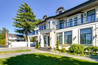 Photo 3: 7670 MORLEY Drive in Burnaby: Buckingham Heights House for sale (Burnaby South)  : MLS®# R2330625