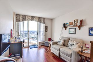 "Photo 17: 1805 739 PRINCESS Street in New Westminster: Uptown NW Condo for sale in ""BERKLEY PLACE"" : MLS®# R2343859"