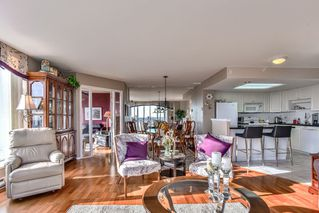 """Photo 5: 1805 739 PRINCESS Street in New Westminster: Uptown NW Condo for sale in """"BERKLEY PLACE"""" : MLS®# R2343859"""