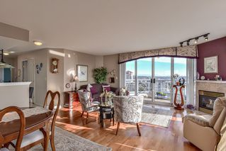 """Photo 3: 1805 739 PRINCESS Street in New Westminster: Uptown NW Condo for sale in """"BERKLEY PLACE"""" : MLS®# R2343859"""