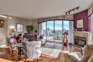 "Photo 12: 1805 739 PRINCESS Street in New Westminster: Uptown NW Condo for sale in ""BERKLEY PLACE"" : MLS®# R2343859"