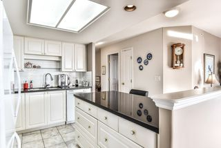 """Photo 11: 1805 739 PRINCESS Street in New Westminster: Uptown NW Condo for sale in """"BERKLEY PLACE"""" : MLS®# R2343859"""