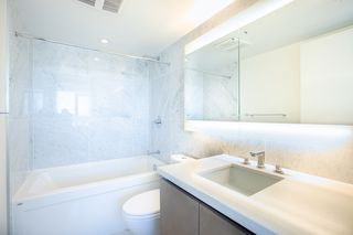 """Photo 14: 1210 9099 COOK Road in Richmond: McLennan North Condo for sale in """"MONTE BY CONCORD PACIFIC"""" : MLS®# R2352065"""