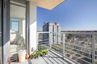 """Photo 17: 1210 9099 COOK Road in Richmond: McLennan North Condo for sale in """"MONTE BY CONCORD PACIFIC"""" : MLS®# R2352065"""