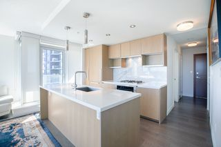 """Photo 5: 1210 9099 COOK Road in Richmond: McLennan North Condo for sale in """"MONTE BY CONCORD PACIFIC"""" : MLS®# R2352065"""