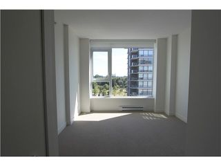 """Photo 15: 1210 9099 COOK Road in Richmond: McLennan North Condo for sale in """"MONTE BY CONCORD PACIFIC"""" : MLS®# R2352065"""