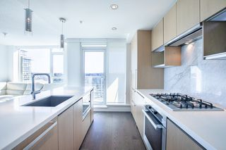"""Photo 7: 1210 9099 COOK Road in Richmond: McLennan North Condo for sale in """"MONTE BY CONCORD PACIFIC"""" : MLS®# R2352065"""