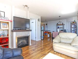 """Photo 5: 1003 1 RENAISSANCE Square in New Westminster: Quay Condo for sale in """"THE Q"""" : MLS®# R2352537"""