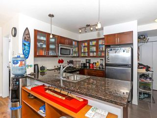 """Photo 7: 1003 1 RENAISSANCE Square in New Westminster: Quay Condo for sale in """"THE Q"""" : MLS®# R2352537"""
