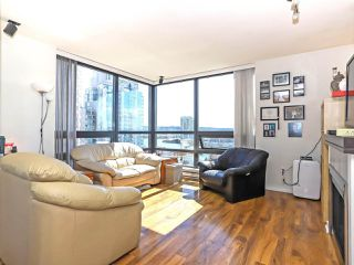"""Photo 4: 1003 1 RENAISSANCE Square in New Westminster: Quay Condo for sale in """"THE Q"""" : MLS®# R2352537"""
