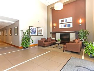 """Photo 3: 1003 1 RENAISSANCE Square in New Westminster: Quay Condo for sale in """"THE Q"""" : MLS®# R2352537"""