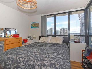 """Photo 13: 1003 1 RENAISSANCE Square in New Westminster: Quay Condo for sale in """"THE Q"""" : MLS®# R2352537"""