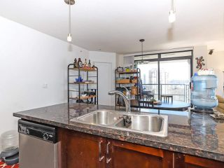 """Photo 11: 1003 1 RENAISSANCE Square in New Westminster: Quay Condo for sale in """"THE Q"""" : MLS®# R2352537"""