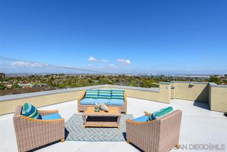 Photo 24: POINT LOMA House for sale : 3 bedrooms : 1276 Moana Dr in San Diego