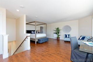 Photo 15: POINT LOMA House for sale : 3 bedrooms : 1276 Moana Dr in San Diego