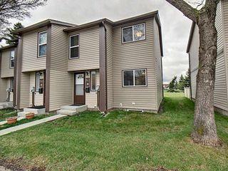 Main Photo: 1143 Hooke Road in Edmonton: Zone 35 Townhouse for sale : MLS®# E4157841
