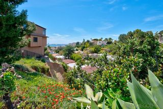 Photo 2: MISSION HILLS House for sale : 3 bedrooms : 3235 Horton Ave in San Diego
