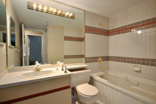Photo 12: 211 3788 West 8th Ave in La Mirada at Jerichol: Point Grey Home for sale ()  : MLS®# V877477